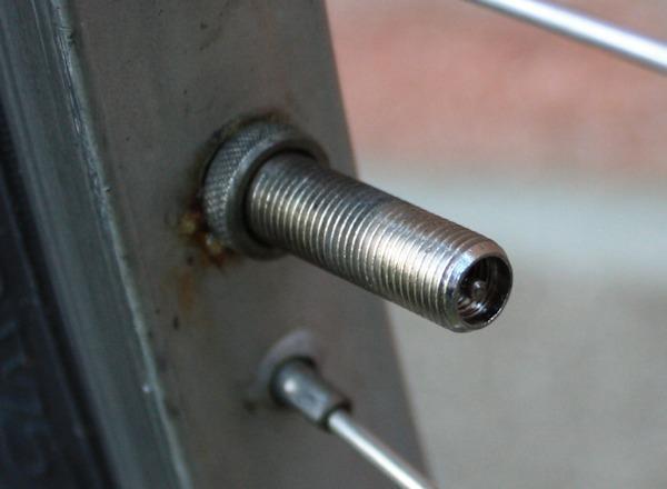 Fahrradreifen aufpumpen tankstelle