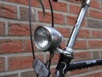 Fahrradlampe vorne weiß mit Reflektor