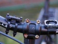Rostige Schrauben am Fahrradlenker