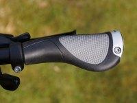 Ergonomischer Fahrradgriff zum Festschrauben