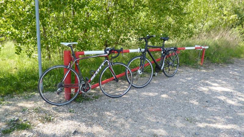 Fahrräder - Rennrad und Trekkingrad / Crossrad