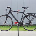 Fahrrad Montageständer mit einem Fahrrad