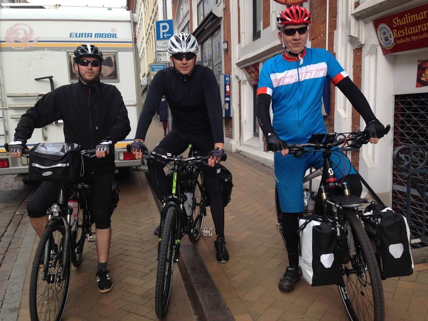 Carsten, Soeren und Oliver am ersten Tag in Flensburg