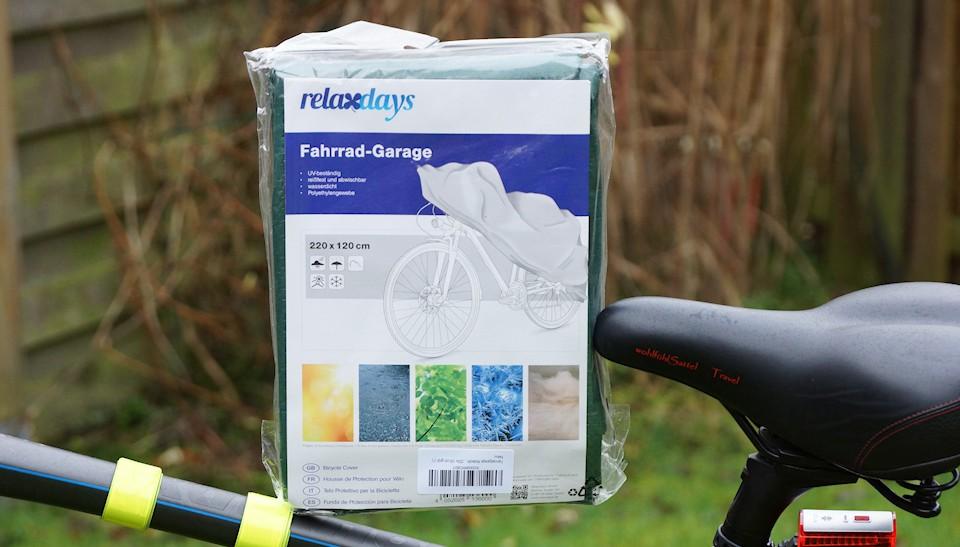 Verpackte Fahrradplane