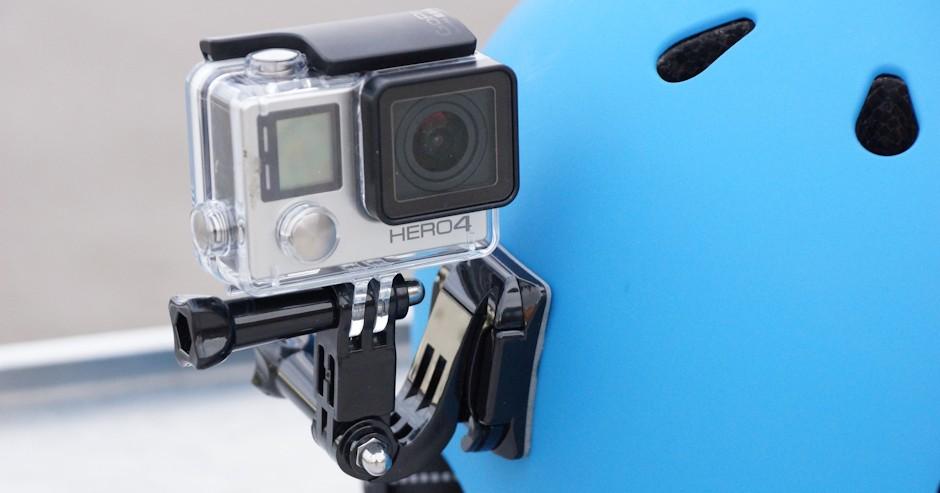 Helmkamera Test - Halterung an den Helm geklebt - Gopo 4 Hero