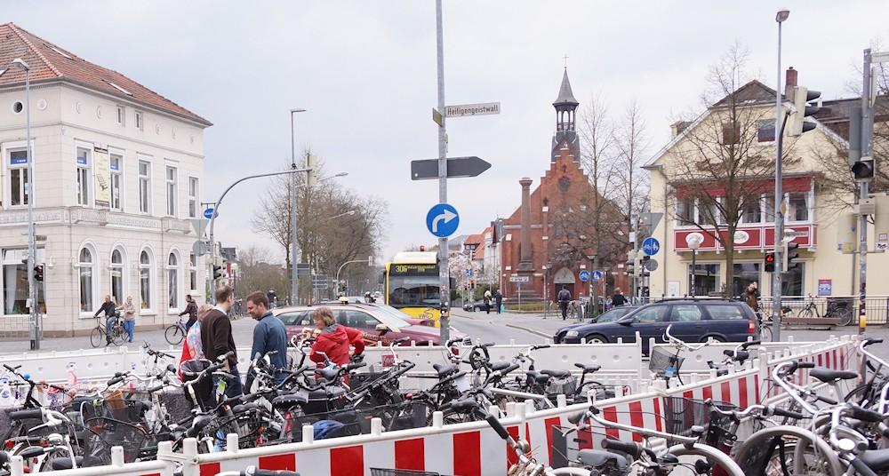 fahrradflohmarkt aktionstags rund ums fahrrad in oldenburg. Black Bedroom Furniture Sets. Home Design Ideas