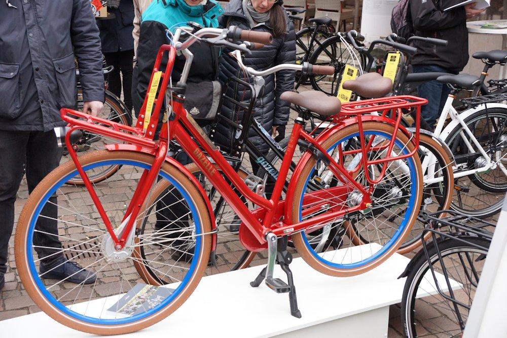 gazelle fahrrad rot transport
