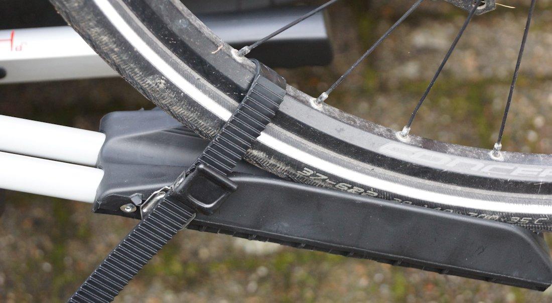 felgenschale mit fixierung für die fahrradreifen