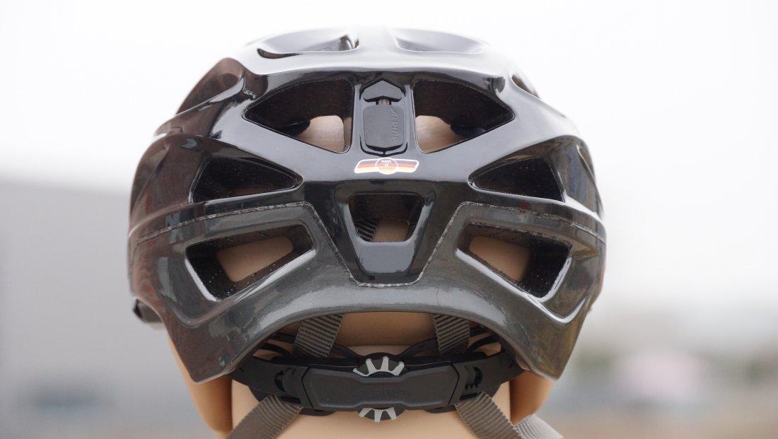 Stellrad am Kopfring zum Einstellen der Größe