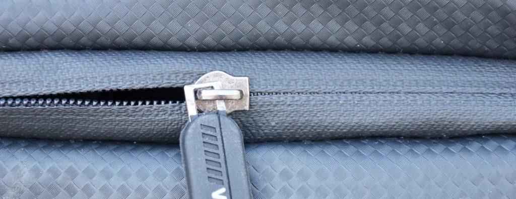Reißverschluss Rahmentasche