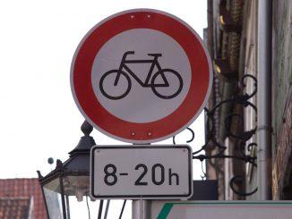 Fahrradfahren verboten Schild
