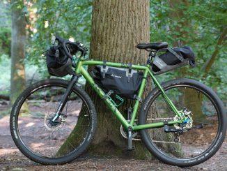 Bikepacking Fahrrad mit Taschen