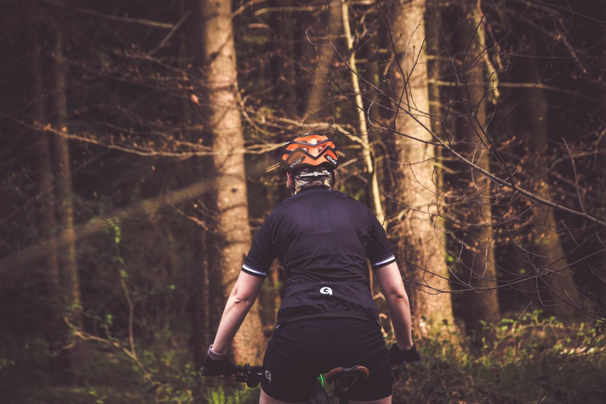 Notrufsystem Helm Fahrrad MTB